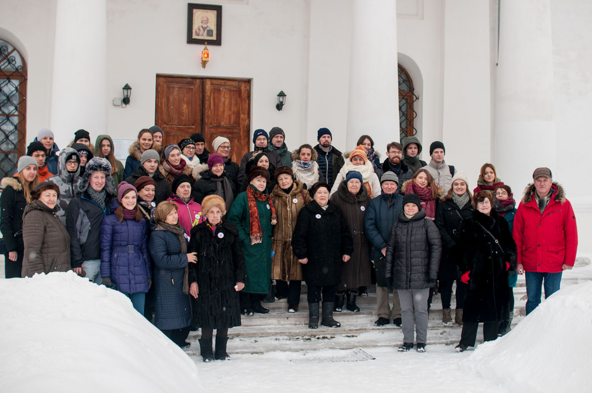 Gemeinsamer Ausflug von deutschen Jugendlichen und Blockadeopfern nach Kobona. Januar2019